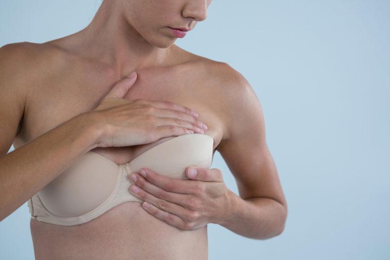 gelbliche flüssigkeit aus brustwarze