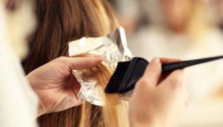 Haare färben in der Schwangerschaft - Erlaubt oder Verboten?