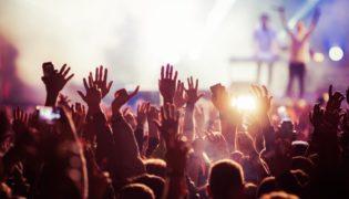 Darf man während der Schwangerschaft auf ein Konzert gehen?