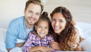 Wie verläuft eine Adoption in Österreich